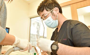 痛みのない虫歯の治療